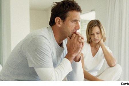 با احساس شک به همسر در زندگی چه کنیم؟