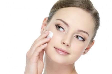 درمان پوست چرب به طور طبیعی را بیاموزید