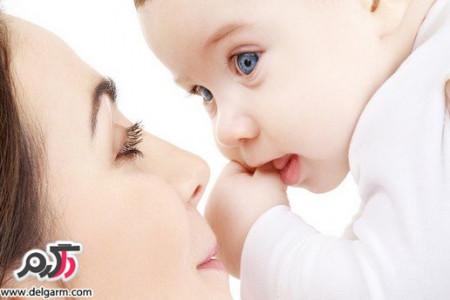 بررسی اثر تغذیه با شیر مادر بر افتادگی سینه ها