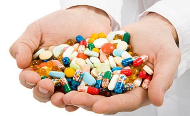 عوارض آنتی بیوتیک چیست؟