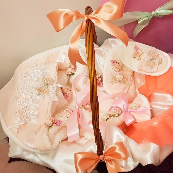 تزیین سیسمونی نوزاد 2018 کلاسیک بسیار زیبا و لاکچری (5)