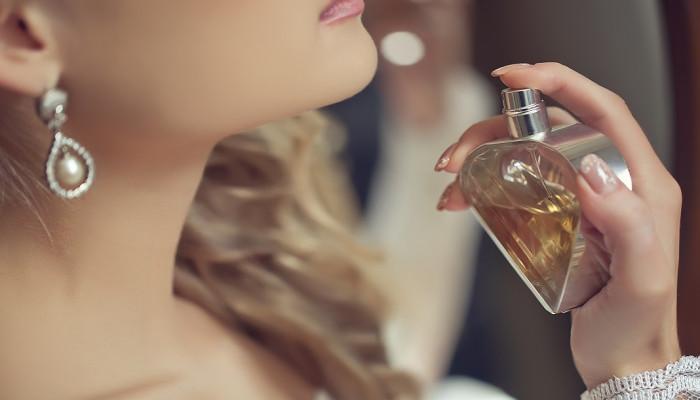 10 عطر و ادکلن برتر و پرفروش زنانه لانکوم (Lancome)