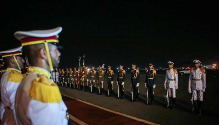 تصاویر بازگشت رئیس جمهور از جنوب شرق آسیا