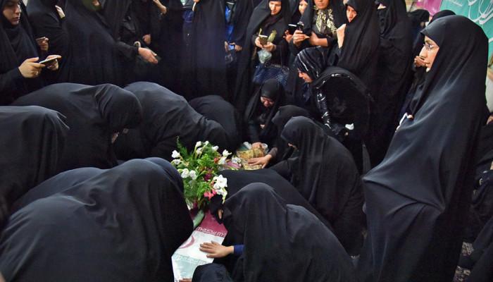 تصاویر تشییع پیکر سردار شهید حسن آزادی و سه شهید دفاع مقدس