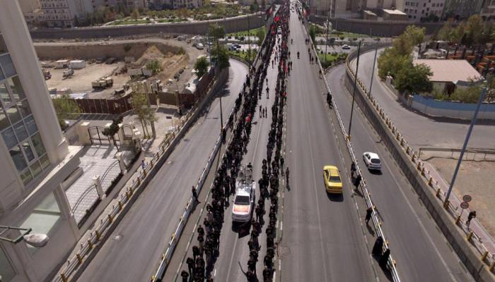 تصاویر تجمع بزرگ عاشورائیان در سعادت آباد