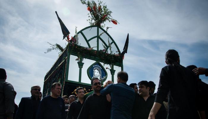 تصاویر مراسم عزاداری ونخل گردانی روز عاشورا درروستای قلعه نوخرقان شاهرود
