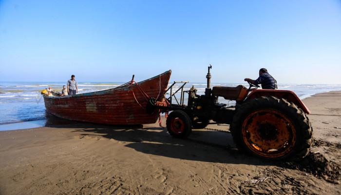 تصاویر آغاز فصل ماهیگیری دریای خزر