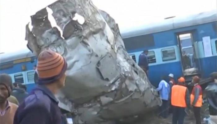 تصاویر خروج قطار از ریل در هند