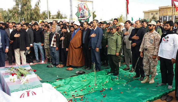 تصاویر تشییع و تدفین پیکر ۲ شهید گمنام در دانشگاه آزاد اسلامی واحد زابل