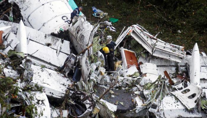 تصاویر سقوط هواپیمای مسافربری در کلمبیا