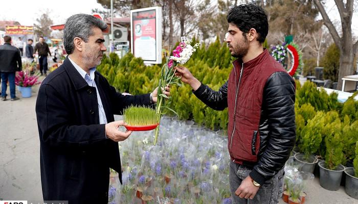 تصاویر تحویل سال نو در گلزار شهدای تبریز