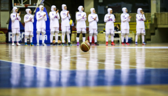 تصاویر ارزیابی نماینده فدراسیون بسکتبال از الگوی پیشنهادی بانوان محجبه
