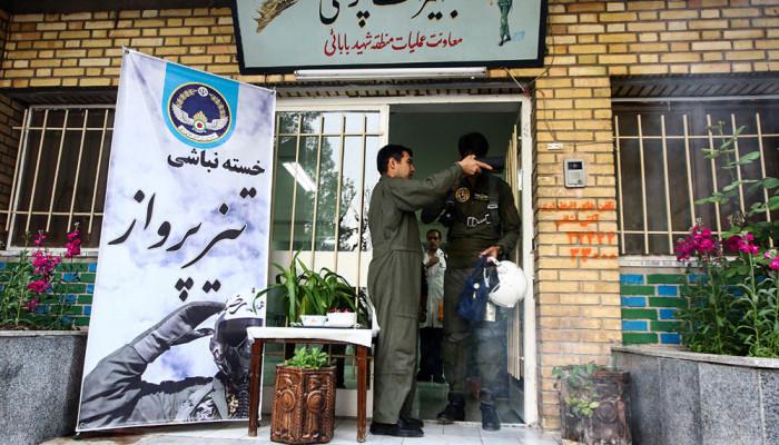 تصاویر مانور هوایی جنگنده های پایگاه شهید بابایی