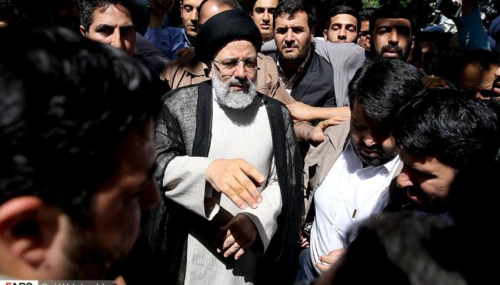 تصاویر اخذ رأی حجت الاسلام سید ابراهیم رئیسی