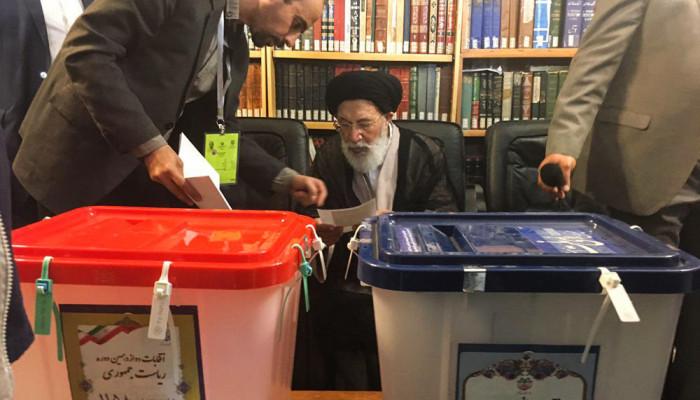 تصاویر انتخابات ریاست جمهوری و شورای اسلامی شهر و روستا در مشهد