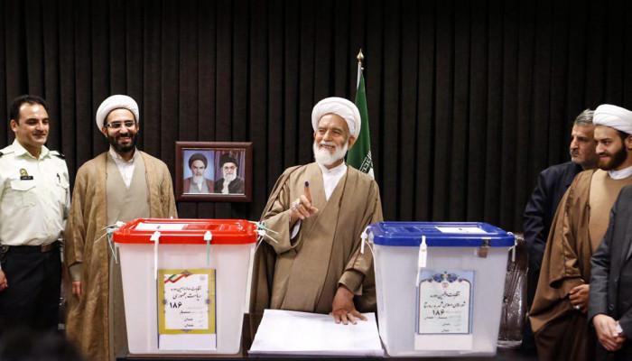 تصاویر انتخابات ریاست جمهوری و شورای اسلامی شهر و روستا در همدان