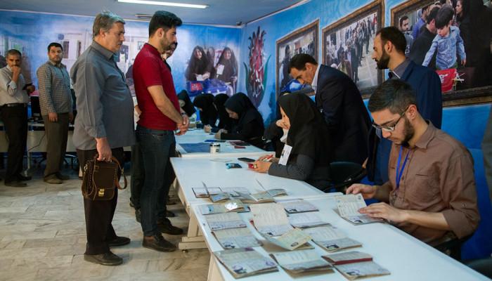 تصاویر انتخابات ریاست جمهوری و شورای اسلامی شهر و روستا در اراک
