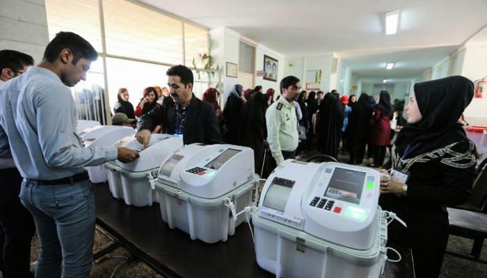 تصاویر انتخابات ریاست جمهوری و شورای اسلامی شهر و روستا در زنجان