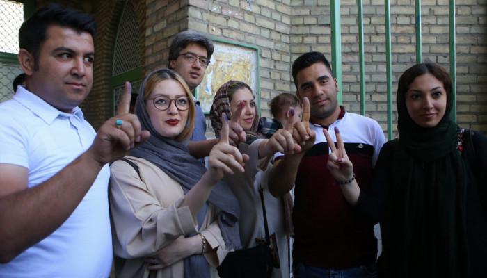 تصاویر انتخابات ریاست جمهوری و شورای اسلامی شهر و روستا -۸