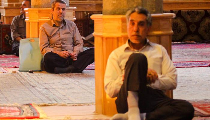 تصاویر سخنرانی آیت الله حائری شیرازی در سلسله نشست های دهۀ دوم ماه رمضان