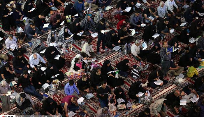 تصاویر احیای شب نوزدهم ماه مبارک رمضان در مشهد مقدس