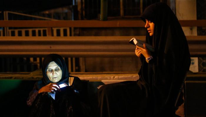 تصاویر مراسم احیای شب نوزدهم ماه رمضان در حسینیه همدانی ها
