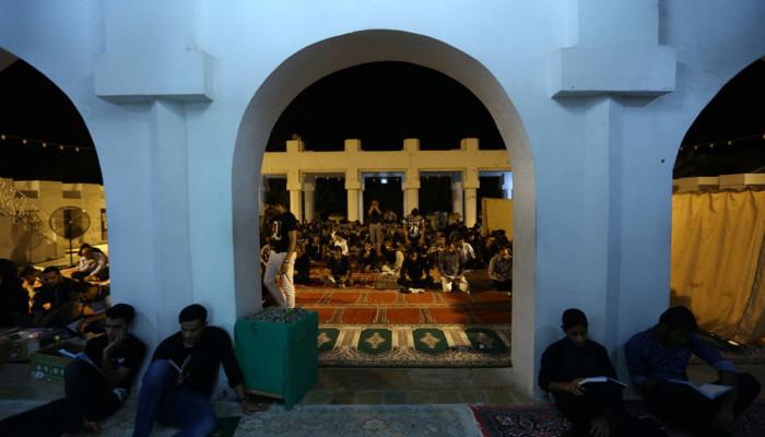 تصاویر مراسم احیای شب بیست و یکم ماه رمضان در جزیره کیش