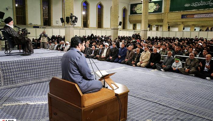 تصاویر دیدار خانوادههای شهدای مرزبانی و مدافع حرم با رهبر معظم انقلاب