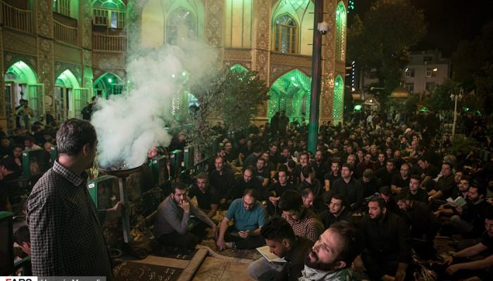 تصاویر احیای شب بیست و سوم ماه رمضان در امام زاده علی اکبر (ع) چیذر