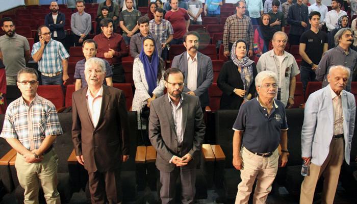 تصاویر مراسم پاسداشت محمود قنبری و رونمایی از مستند  - دنیای دیروز من -