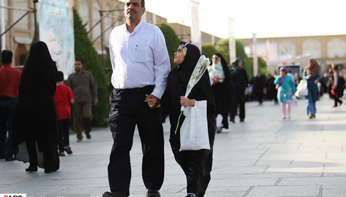 تصاویر اجتماع مردمی صیانت از حریم خانواده در اصفهان