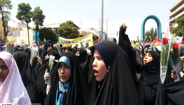 تصاویر راهپیمایی مردم شهرری در دفاع از حریم عفاف و حجاب