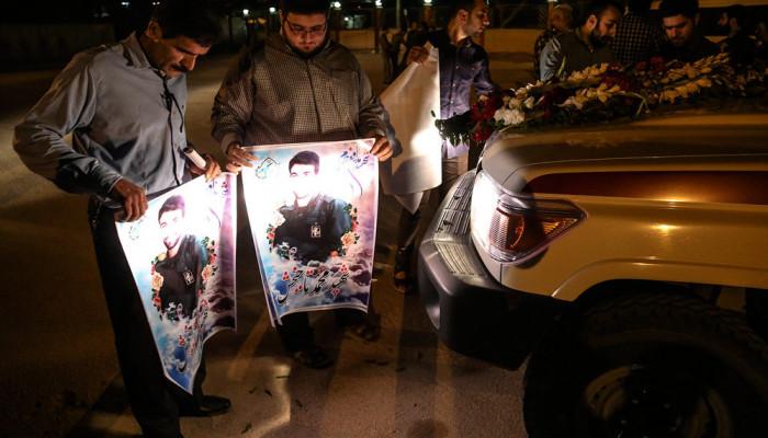 تصاویر استقبال از پیکر شهید مدافع حرم  - محمد تاجبخش -  در فرودگاه اهواز