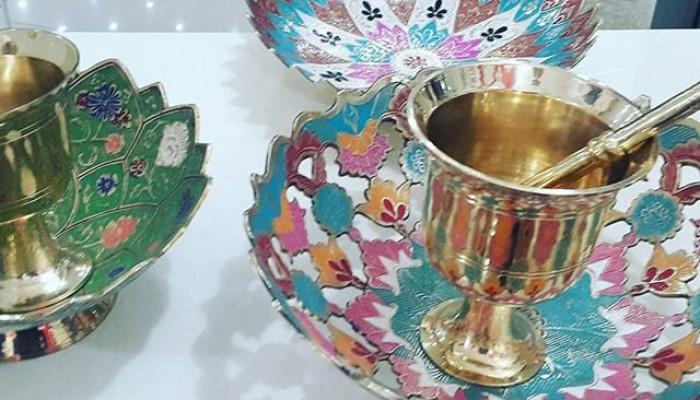گالری از ظروف و تزئینات برنجی