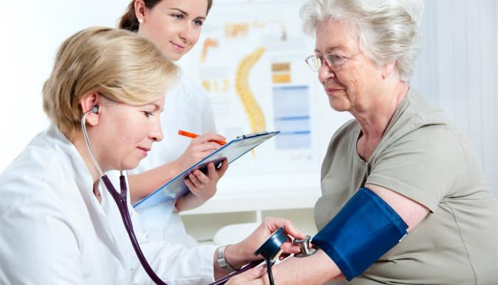 زمان مناسب برای انجام چکاپ پزشکی از چه سنی است؟