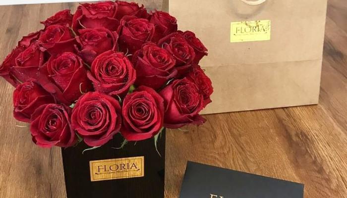 گالری باکس گل رز قرمز هلندی(قرمز)