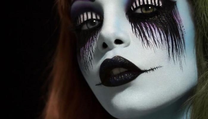 جشن هالووین و نقاشی های ترسناک روی صورت