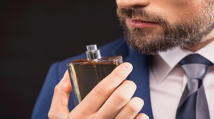معرفی 10 عطر محبوب و پرفروش مردانه