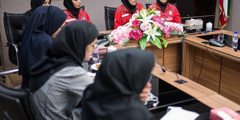 تصاویر نشست خبری سرمربی تیم ملی فوتسال بانوان