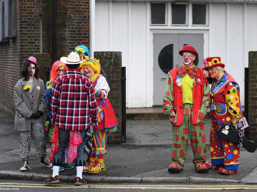 تصاویر گردهمایی دلقکها در لندن