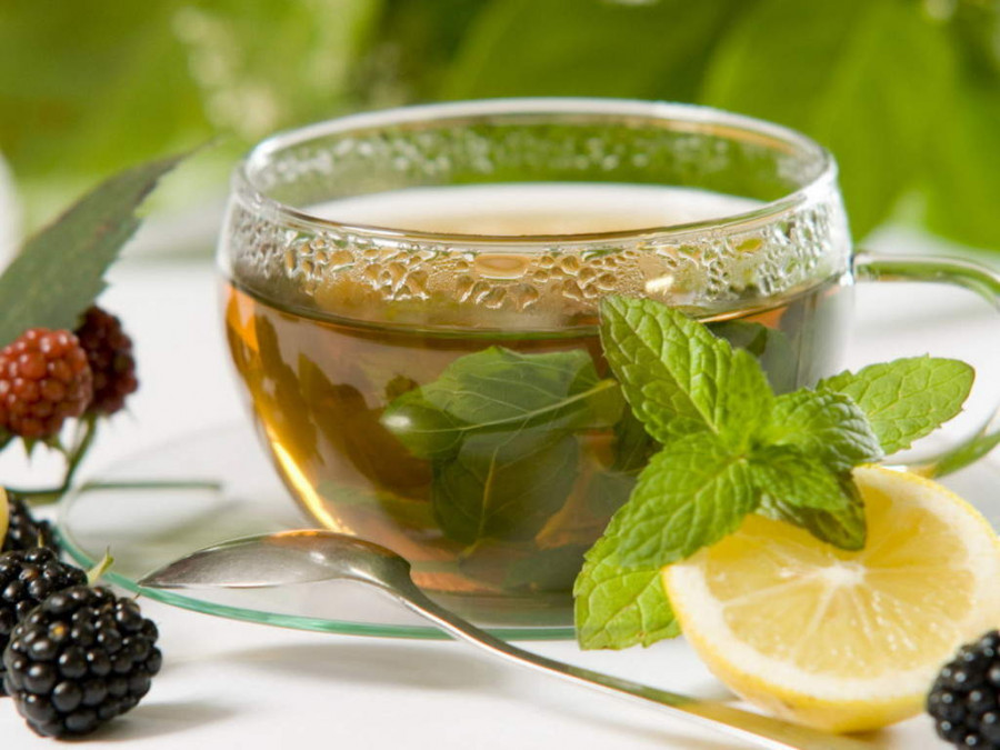 ۱۶ خاصیت جادویی دمنوش و چای کراتوم