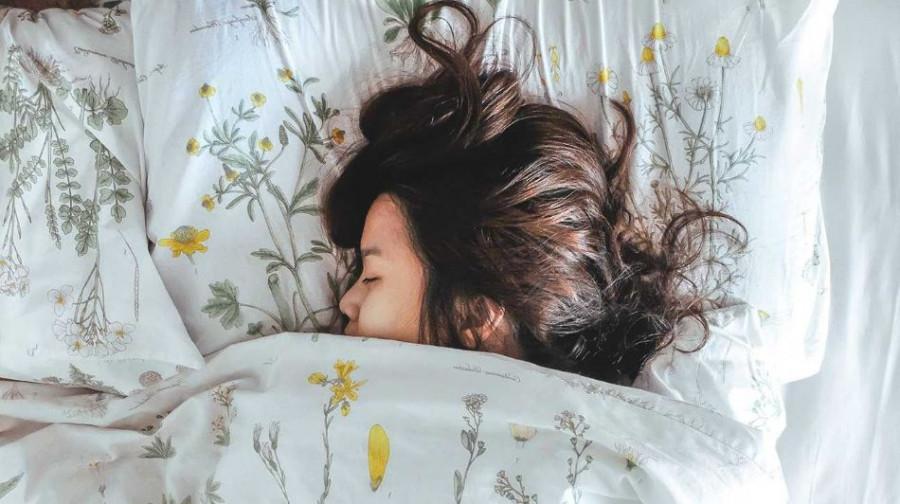 چرا خانومها در خواب جنب می شوند؟