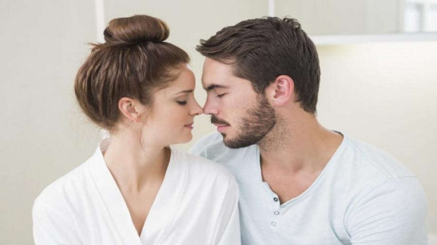 ۸ شیوه رفتار زن آلفا در رابطه زناشویی