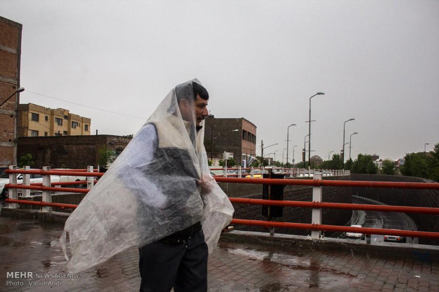 تصاویر بارش شدید باران در تبریز