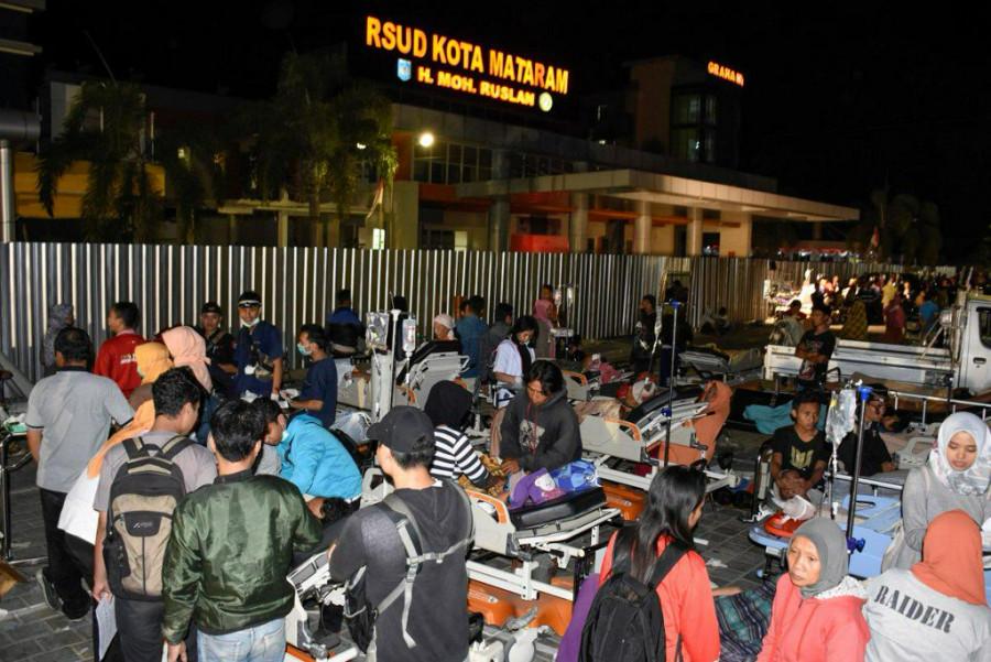 زلزله مهیب اندونزی 82 کشته برجا گذاشت