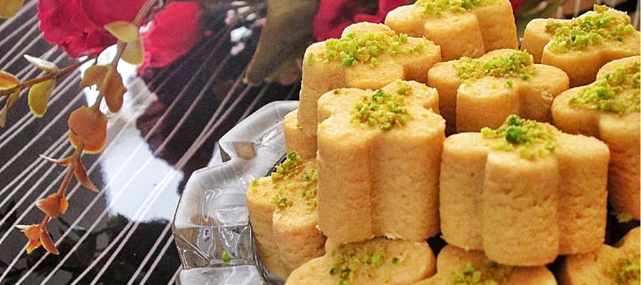 طرز تهیه شیرینی نخودچی خانگی با دستوری ساده و خوشمزه