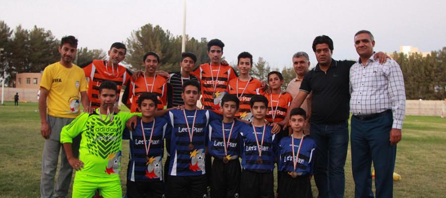 تصاویر فستیوال فوتبال پسران نونهال اتباع افغانستانی در خراسان جنوبی
