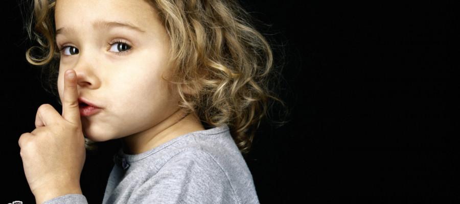 چرا نباید کودک را به سکوت کردن وادار کرد؟