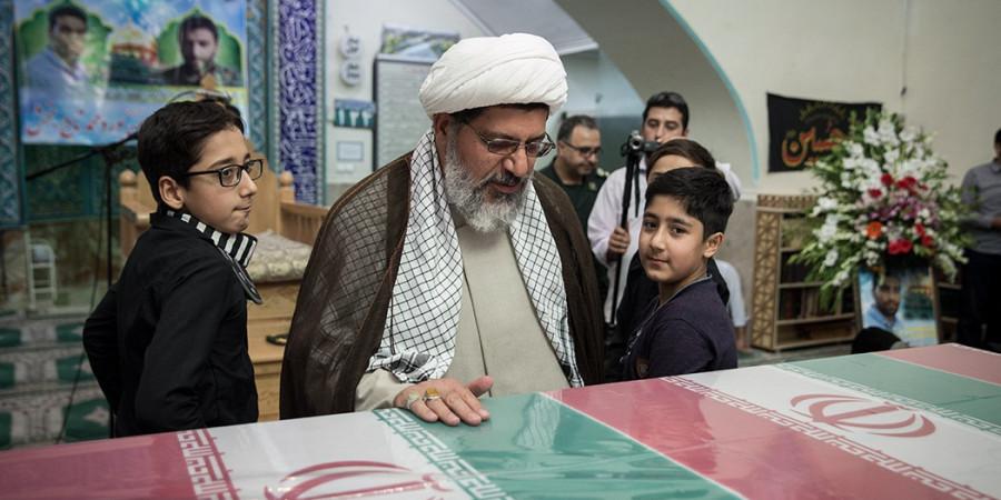 تصاویر تشییع پیکر مطهر دو شهید مدافع حرم در تهران